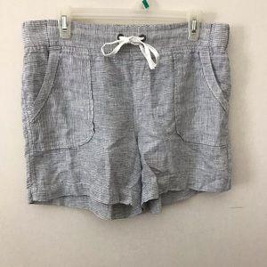 Athleta 100% Linen Midi Shorts With Pockets
